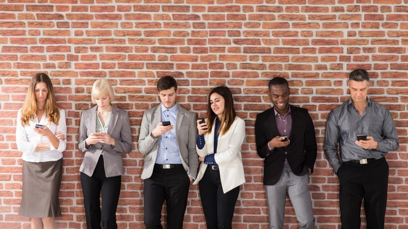 5 Ways Mobile Learning Improves Corporate Training - eLearning Industry thumbnail