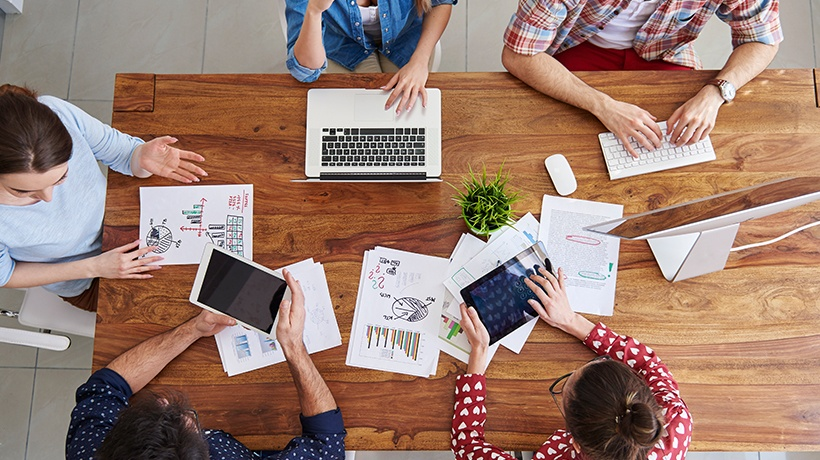 4 Key Benefits of Social Learning at Workplace